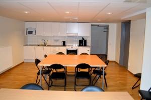 Här ser du den inre delen av lokalen. Längst in finns kapprum och toalett.